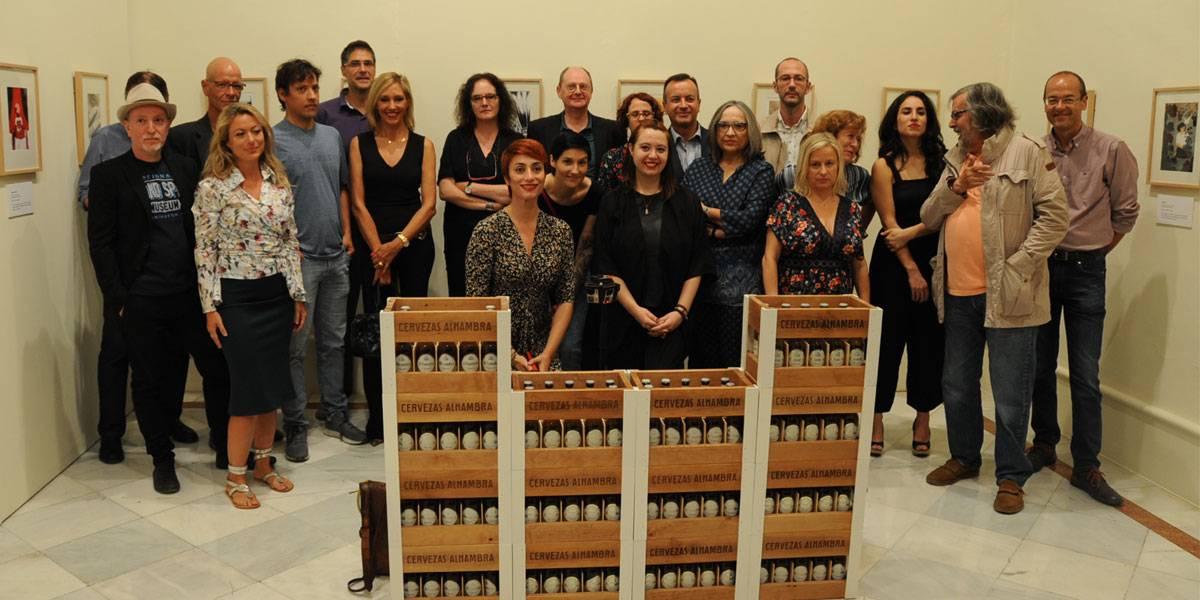 Participantes en Hnegra en CAJAGRANADA Fundación, en la inauguración de Granada Noir y de la exposición de ilustraciones
