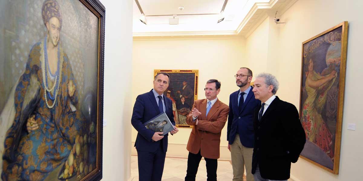 Diego Oliva, junto a los tres comisarios de la exposición: Eduardo Quesada, Miguel Arjona y Fernando Carnicero