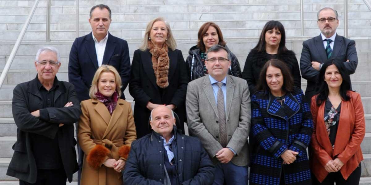 Miembros del Patronato de CajaGranada Fundación y Director-Gerente