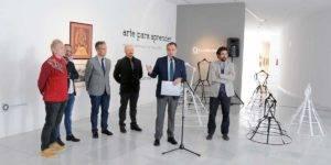 """Autoridades y comisarios de la exposición """"Arte para aprender"""""""