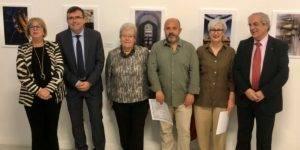 """Foto de los premiados y autoridades de la exposición """"El agua, alma de Granada"""""""