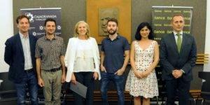 Foto de familia del acto de entrega del VI Premio de Narrativa Francisco Ayala