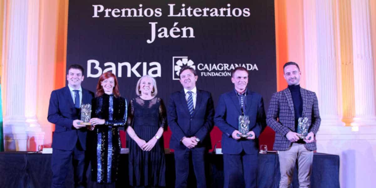 En la fotografía, de izquierda a derecha, Alberto J. Schumacher, Begoña Oro, María Elena Martín-Vivaldi, Joaquín Holgado, Mariano F. Urresti y David López Sandoval