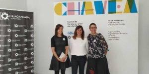 Eloisa del Alisal, responsable del Museo Memoria de Andalucía de CajaGranada Fundación; Mercedes Salvador, coordinadora del proyecto Somoslittle y festival CHAVEA; Raquel Hernández, CEO de la empresa Entropía Cultural y colaboradora de Somoslittle