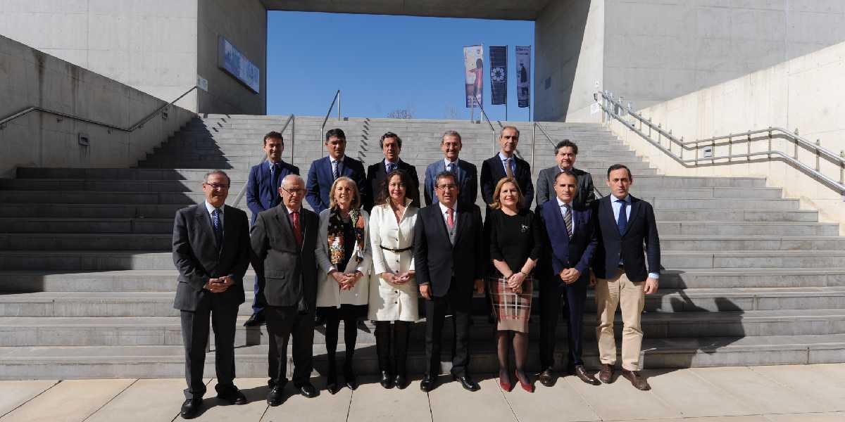 Foto de Familia de la Junta Directiva de AFA