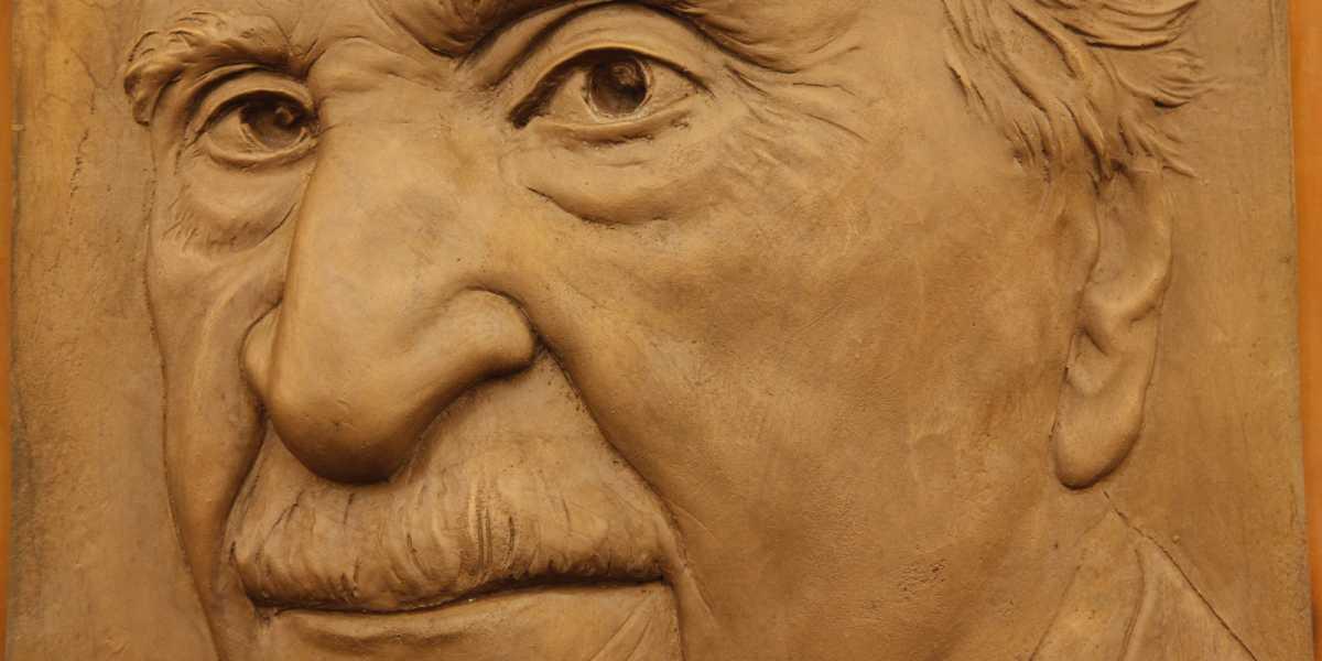 CajaGranada Fundación y Musa a las 9 convocan la VII edición del Premio de Narrativa Francisco Ayala