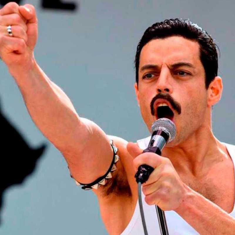 "Fotograma de la película ""Bohemian Rhapsody"""