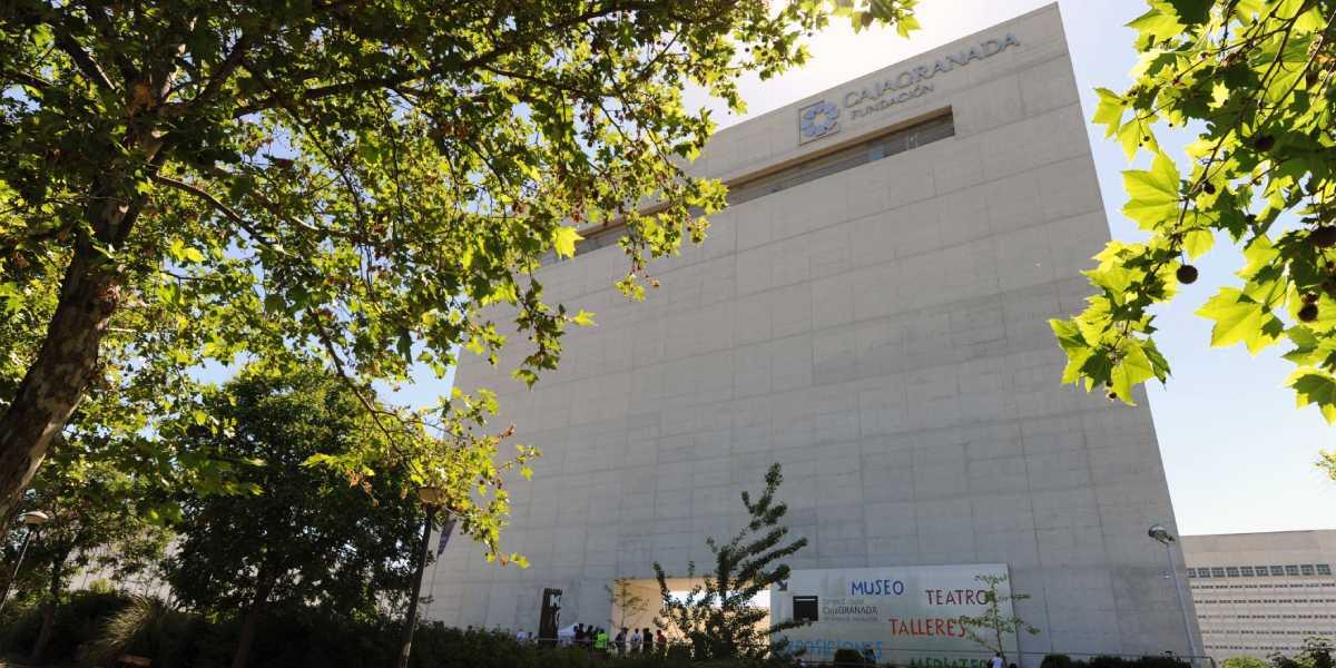 Edificio Pantalla. Centro Cultural CajaGranada