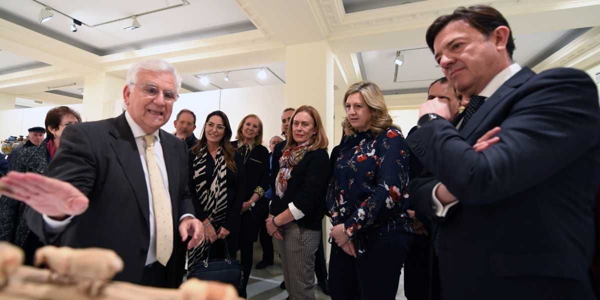 Más de 7.000 personas han visitado la exposición dedicada a los belenes del mundo, en el Centro de Exposiciones CajaGranada Puerta Real